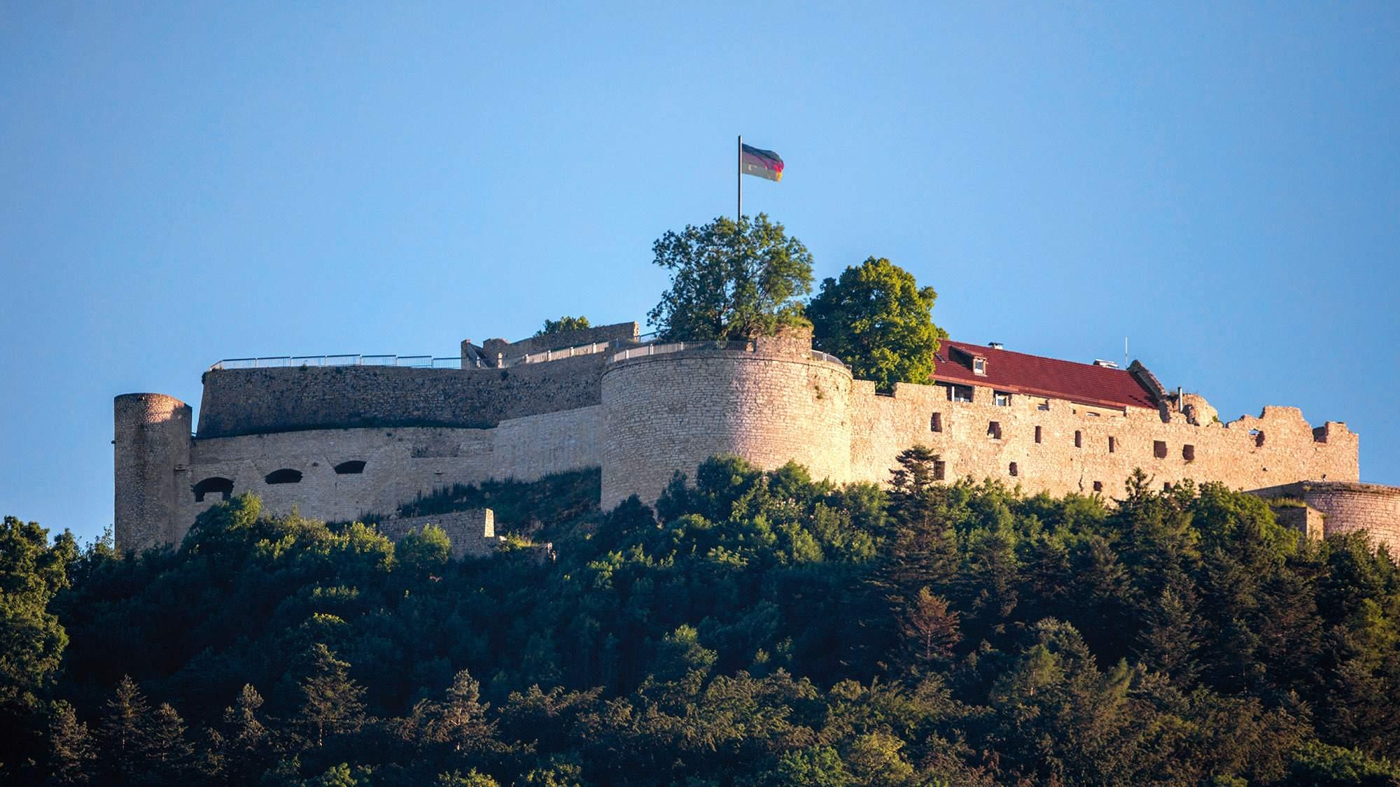 Hohenneuffen fortress; photo: Staatliche Schlösser und Gärten Baden-Württemberg, Achim Mende