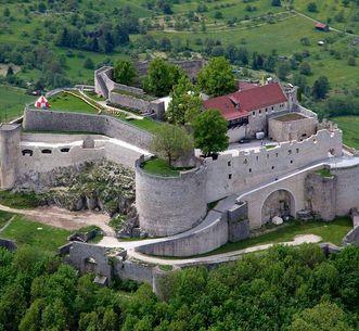 Ruine du château de Hohenneuffen, Vue extérieure