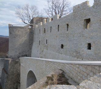 Festungsruine Hohenneuffen, Auffahrt; Foto: Vermögen und Bau Baden-Württemberg